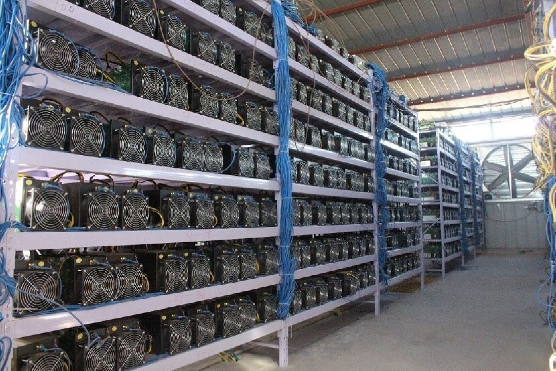 mennyi bitcoin megy